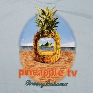 Tommy Bahama Mens  Pineapple TV Tee New